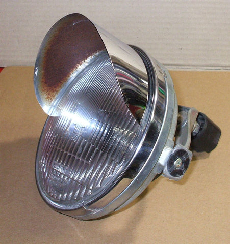 1981 Honda GL1100 GOLDWING HEADLIGHT W MOUNT