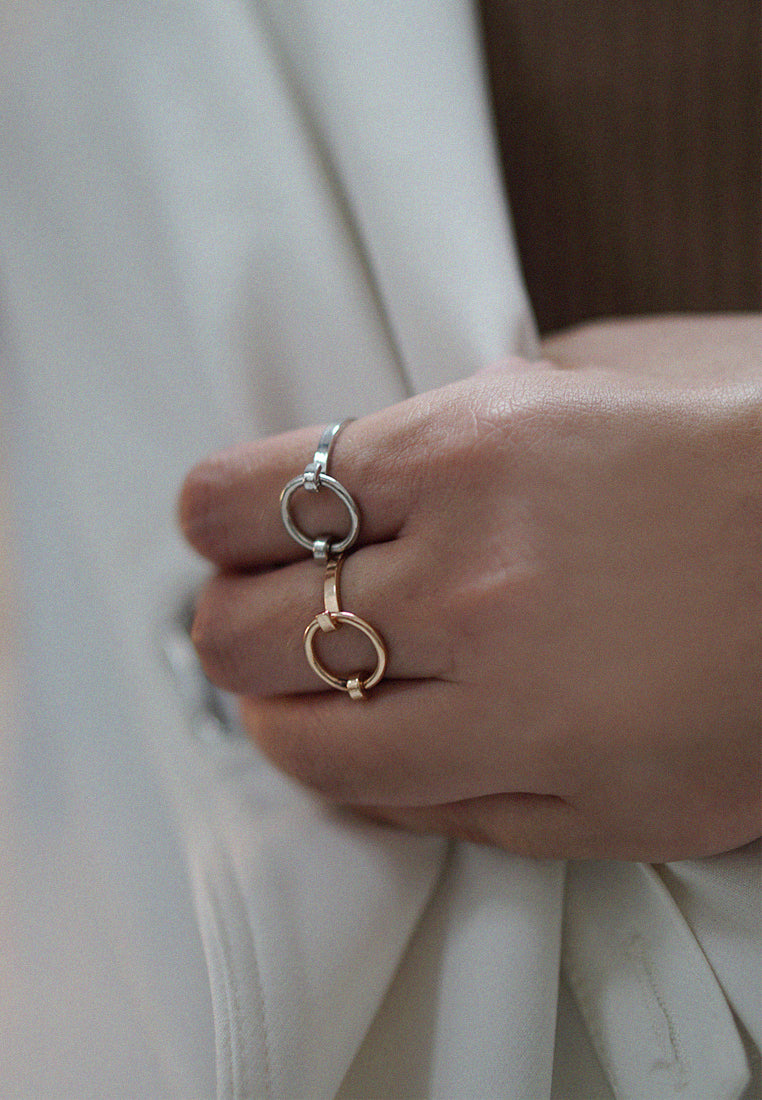 Aubria Loop Ring (Gold)
