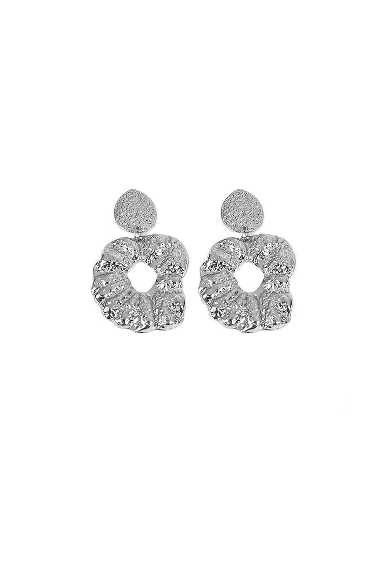 Ingrid Hammered Drop Earrings (Silver)