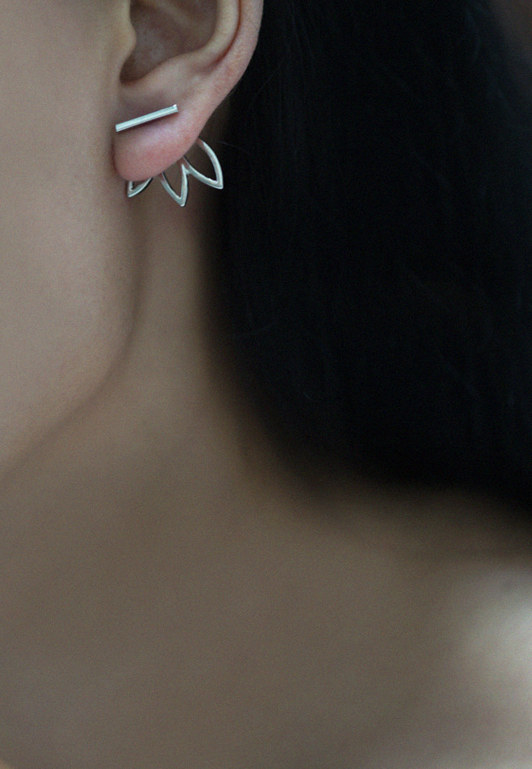 Tila Petals Earrings (Silver)