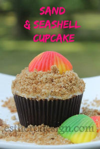 Sand and Seashell Cupcake