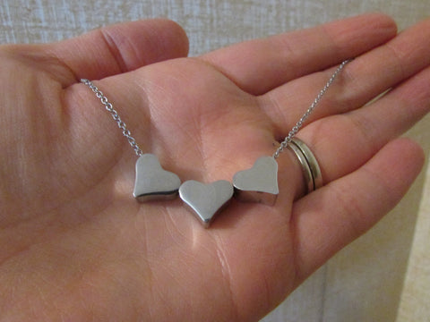 Triple Hearts - Necklace