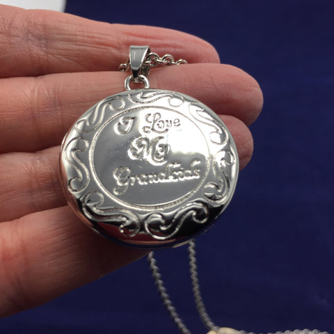 I Love My Grandkids - Locket Style Pendant and Decorative Chain