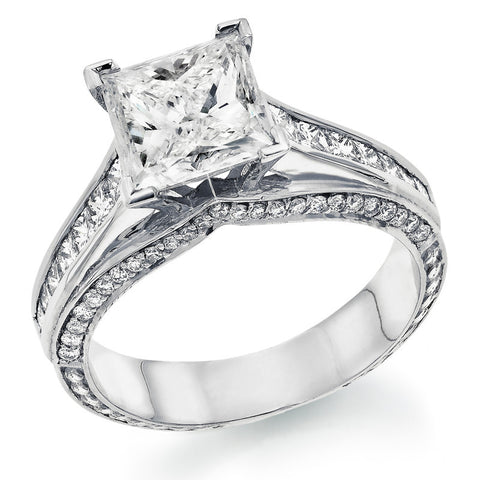 Leobar' Diamond Ring