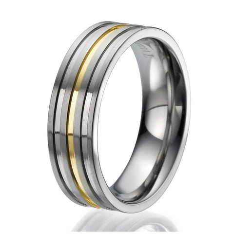 7mm Titanium Ring with 3 engraved stripes plated with yellow gold