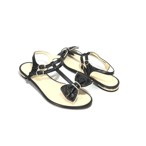 CHANEL BLACK LEATHER & PEARL BOW THONG SANDALS