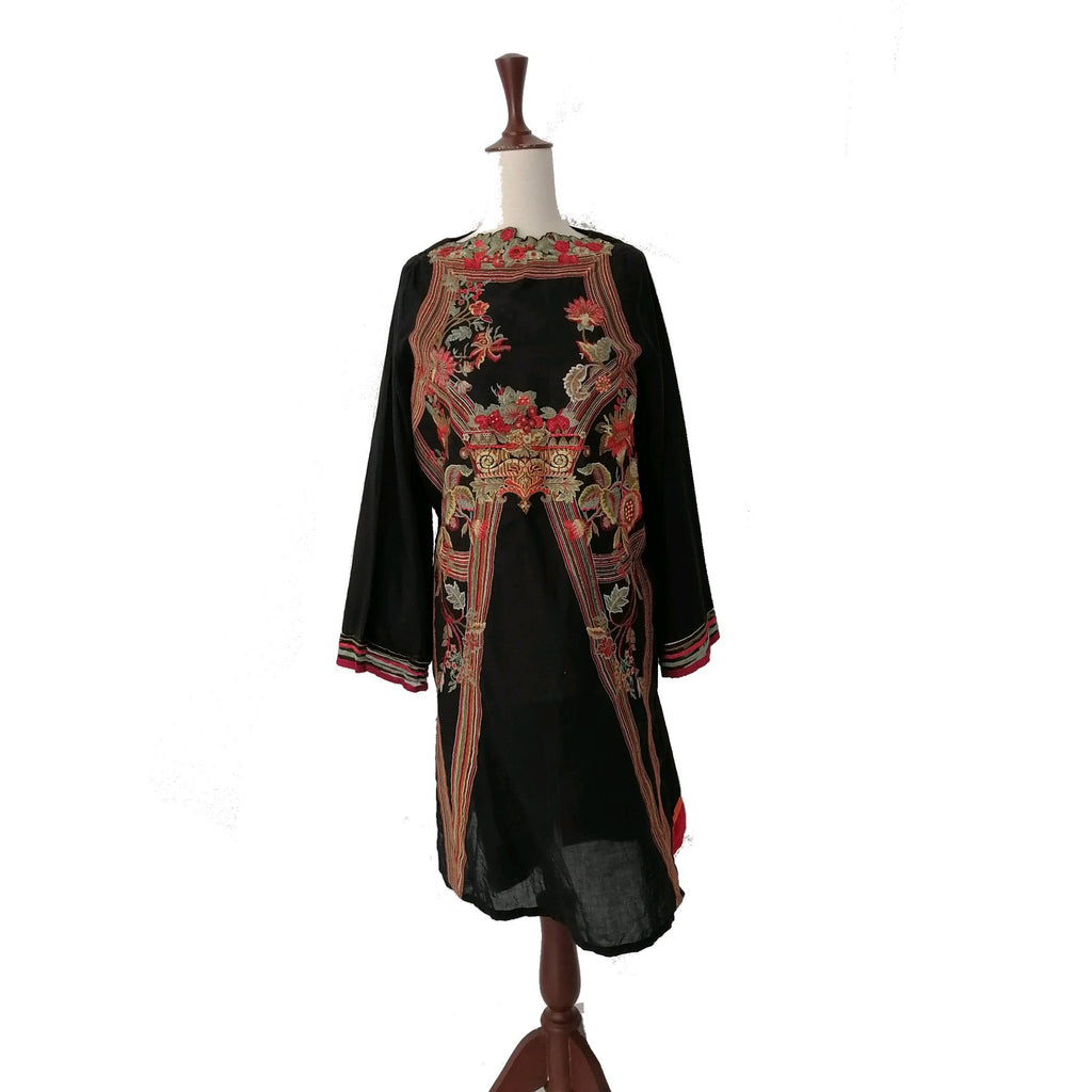 Sana Safinaz Black Cotton Embroiderd Kameez