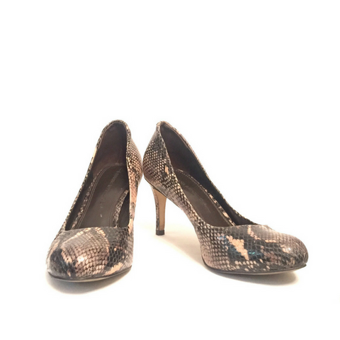 Banana Republic Snakeskin Pumps | Gently Used | - Secret Stash