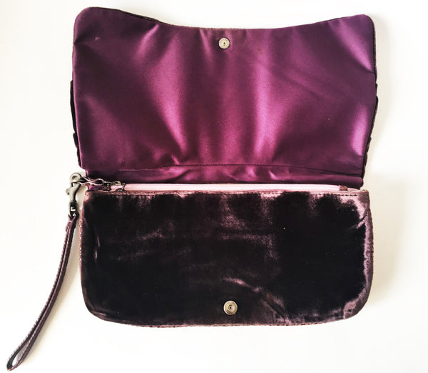 Coach Velvet Clutch Wristlet | Pre Loved |