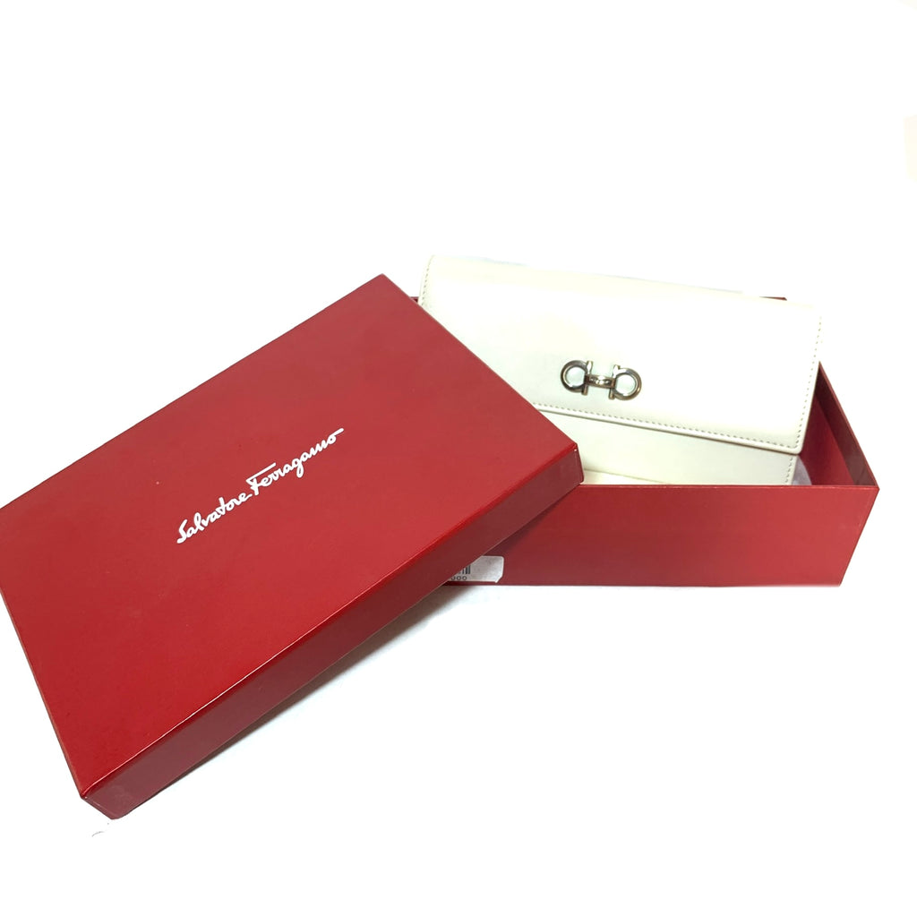 Salvatore Ferragamo White Leather Envelope Wallet | Brand New |