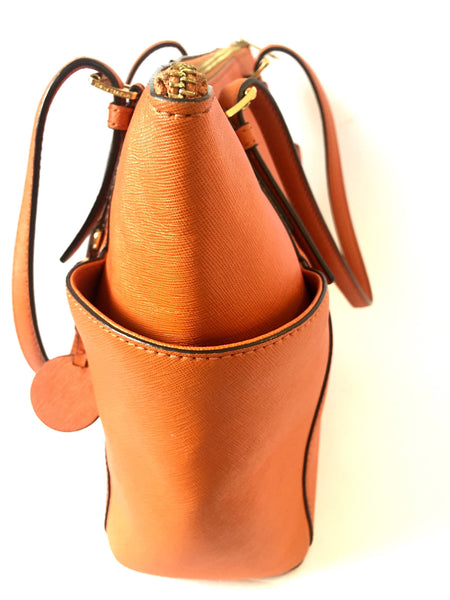 Michael kors Jet Set Tangerine East West Tote | Pre Loved | - Secret Stash