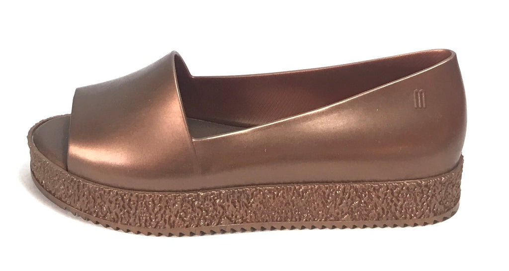 Melissa PUZZLE Bronze Peep Toe Walking Shoes | Like New |