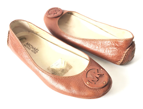 MICHAEL Michael Kors Logo Tan Leather Flats | Pre Loved |