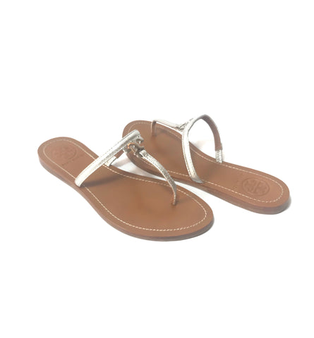 Tory Burch T Logo Flat Leather Thong Silver Sandals | Gently Used |