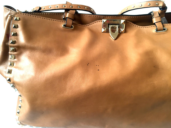 VALENTINO Medium 'Rockstud Trapeze' Leather Bag | Pre Loved | - Secret Stash