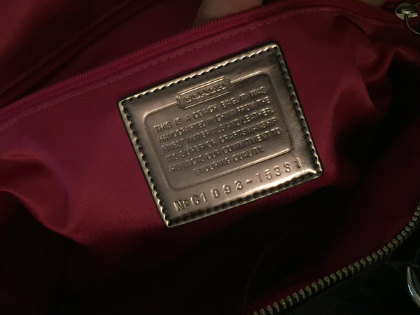 Coach Signature Collection Tote Bag | Gently Used | - Secret Stash