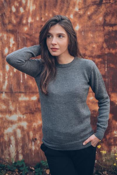 Grey - Woman - Perús