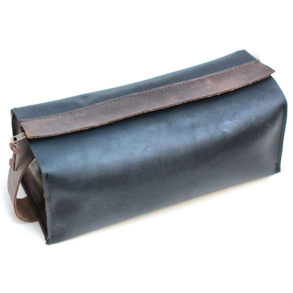 A201203-BK/CB Divina Denuevo Black Leather Dopp Kit with Removable Waterproof Lining