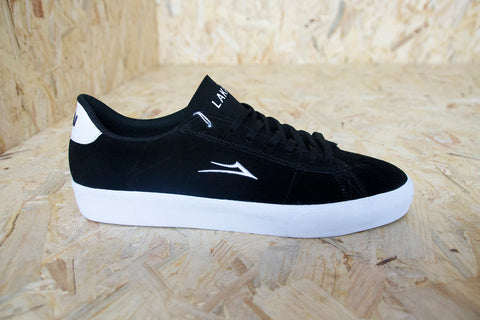 Lakai, Newport, Skate Shoes, Black, White, Suede, first ever vulcanized shoe, durable suede upper, breathable perforated tongue, Para-Mount™ dual-density outsole technology, Hex-Tread pattern™, unrivalled, board feel, flexibility, Level Skateboards, Brighton, Skate Shop, Independent, Trainer
