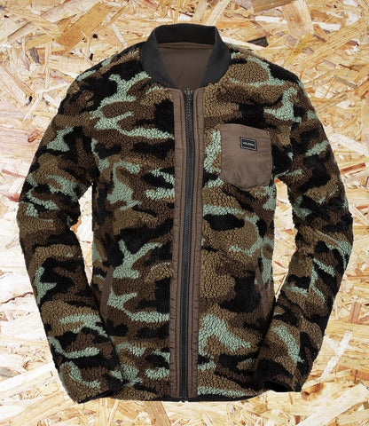 Volcom, Womens, Reversibel, Polar Jacket, Camo, Reversible design, Teflon, EcoElite DWR, Flat Rip Taffeta, Polar Fleece, Polyester, DWR Water Repellent, Zippered hand pockets on both sides, Chest logo, Brighton, Skate Shop, Level Skateboards, Independent