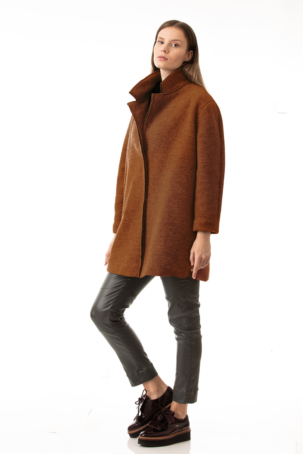 Oversized coat in colour of terra cotta