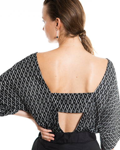 Summer blouse with the pattern