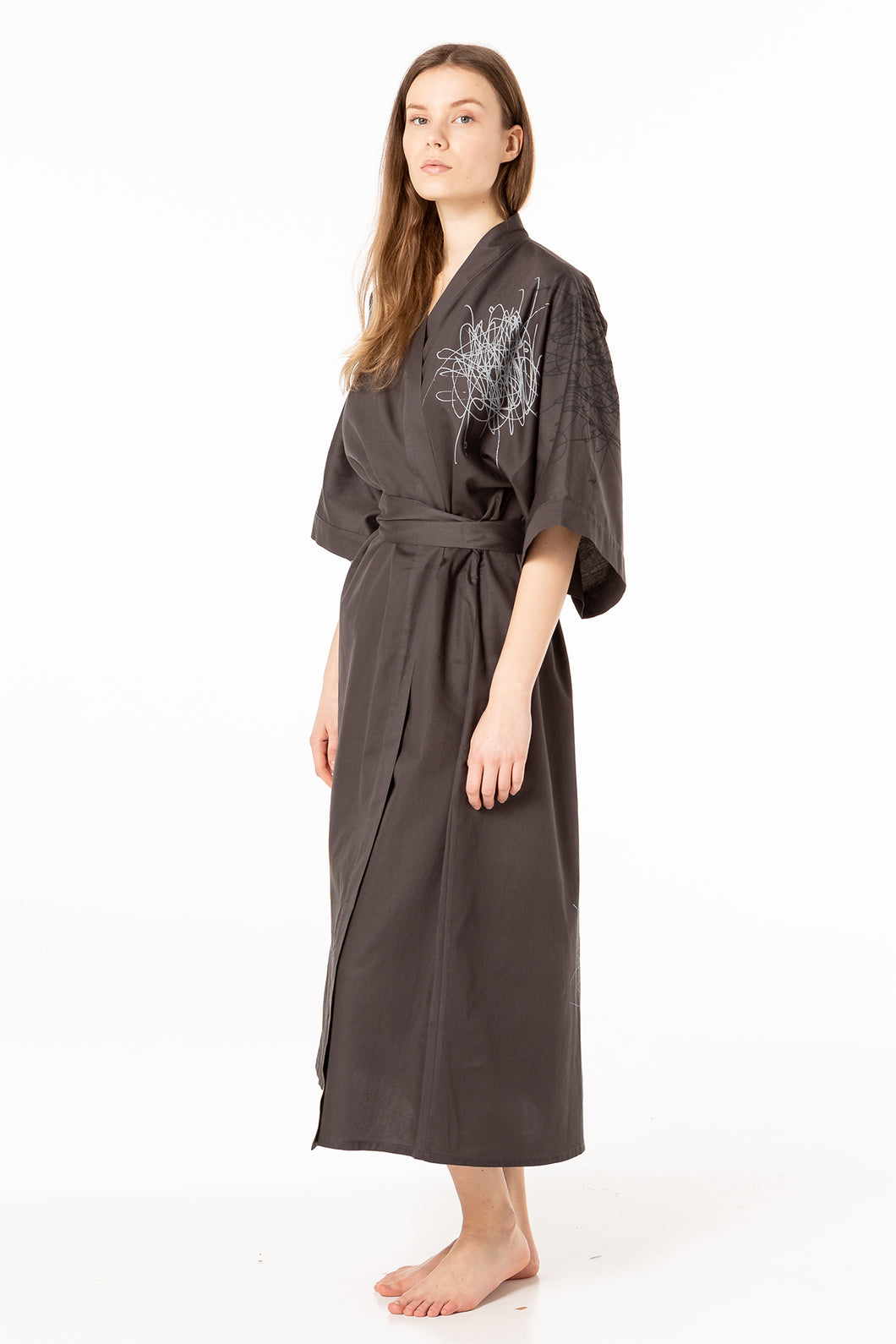 Dressing gown of greyish brown