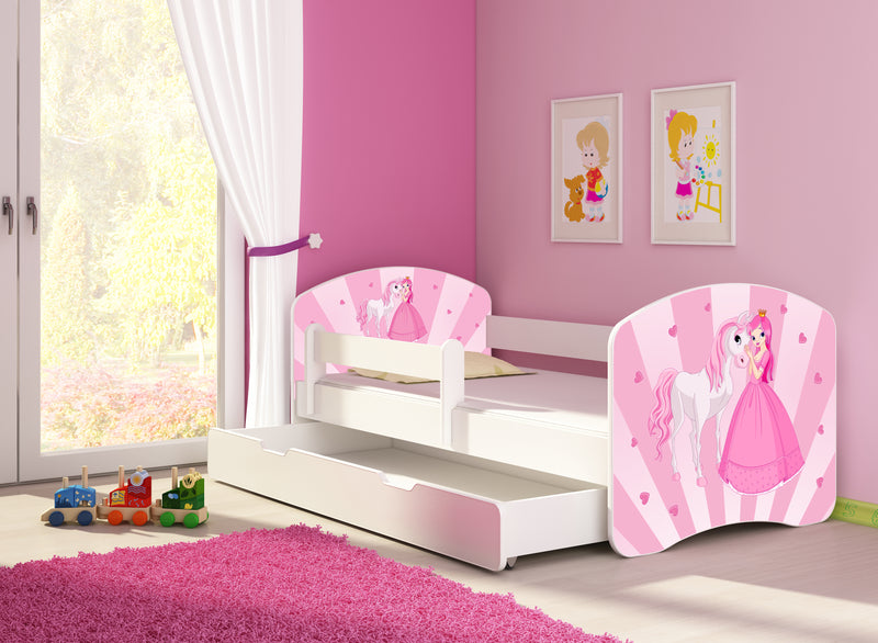 ACMA II toddler bed with a drawer (princess) in a toddler room