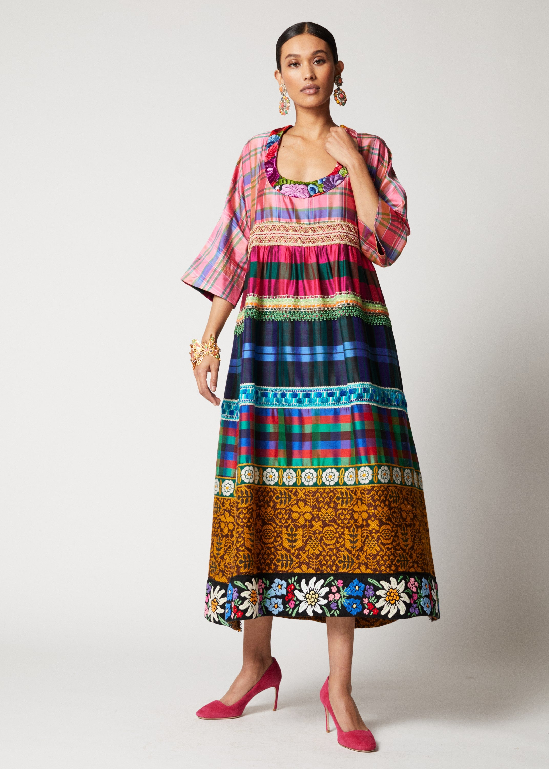 One-of-a-kind Traditional Round Neck Dress