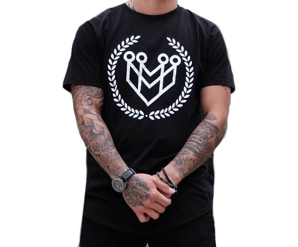 CLASSIC LOGO CURVED HEM TEE - BLACK - Made4Mankind Clothing