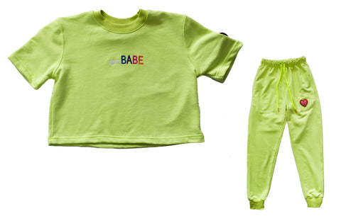 BOSS BABE CROP TOP & JOGGER FIT - NEON LIME