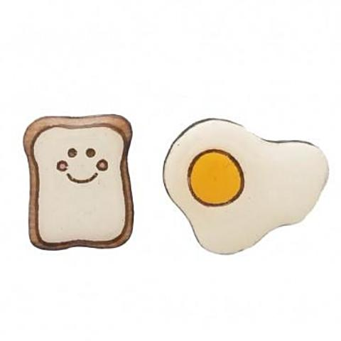 BOK BOK B'GERK 'EGG & TOAST' EARRINGS
