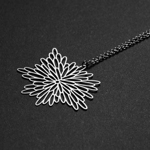 MOORIGIN 'BRIGHT' PENDANT NECKLACE SILVER SML