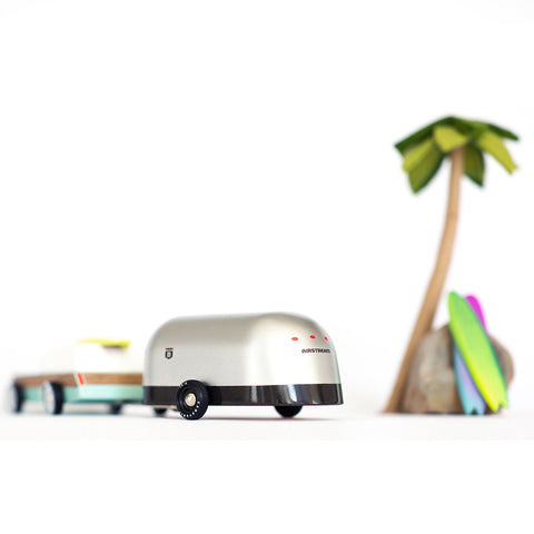 CANDYLAB 'AIRSTREAM CAMPER' TOY CARAVAN