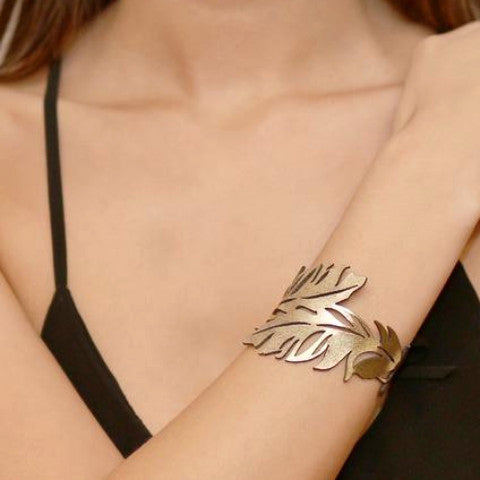 DOURY 'FEATHER CUFF' BRACELET GOLD