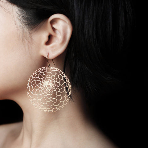 moorigin earrings 'dahlia' gold medium