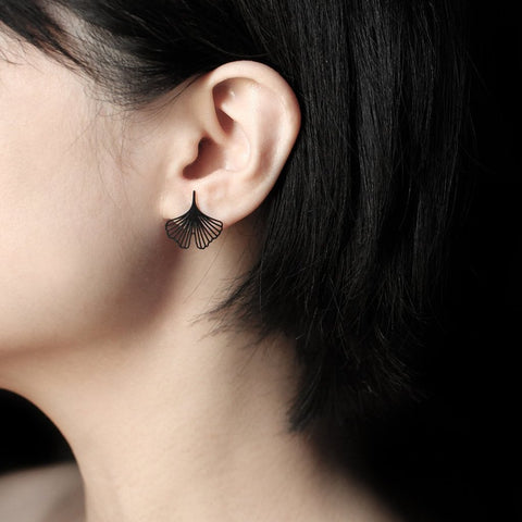 moorigin earrings 'ginkgo' black xs