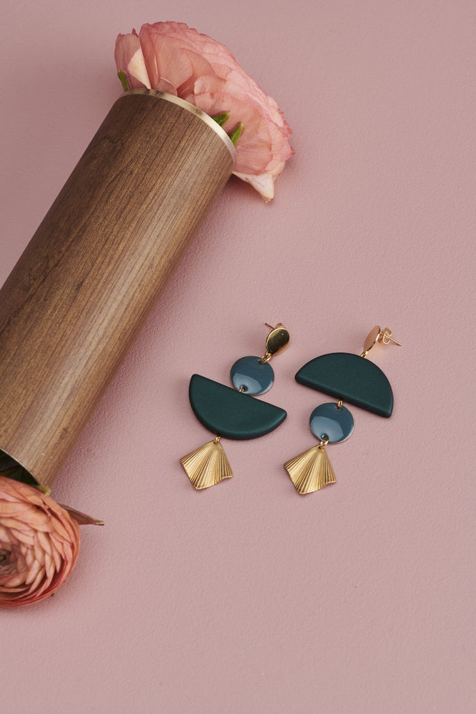middle child earrings 'lovefool' grey