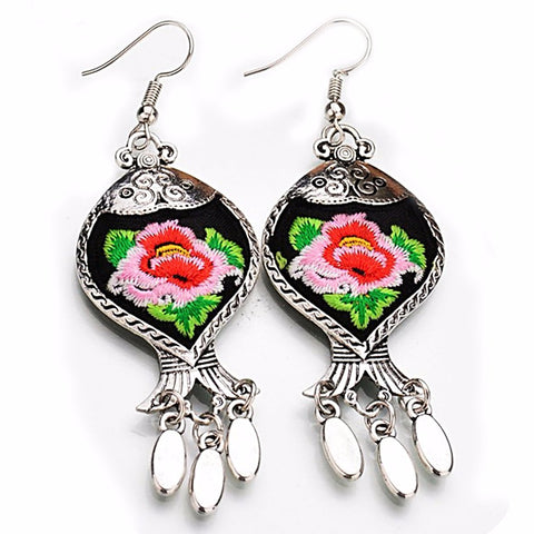 boho earrings 'embroidered tibetan flower' black