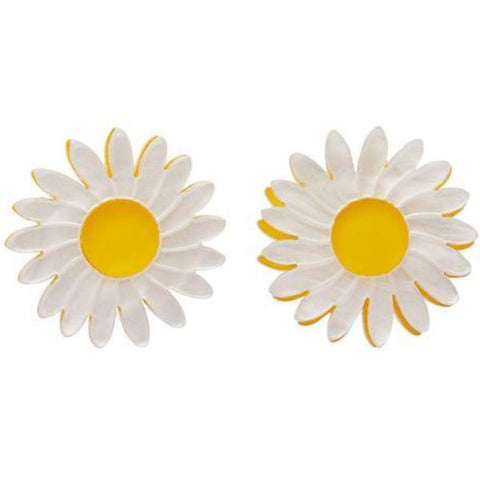 erstwilder earrings 'she loves me daisy'
