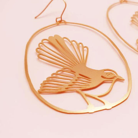 denz & co. earrings 'fantail dangles' gold