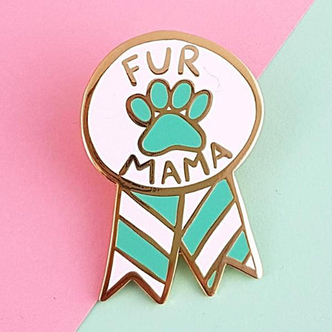 jubly-umph enamel pin 'fur mama'