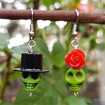 mexican earrings 'skull bead dangles' rose & top hat green