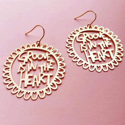 denz & co. earrings 'groove is in the heart dangles' gold