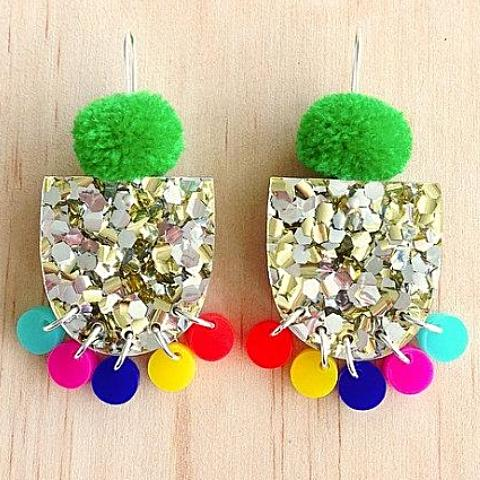 each to own earrings 'pom pae lush drop' green