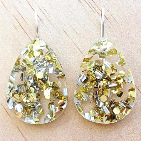 each to own earrings 'classic drop' lush gold glitter