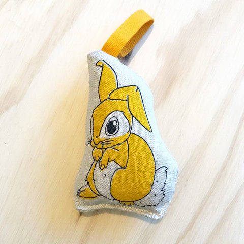 lil leigh designs rattle 'rabbit' yellow