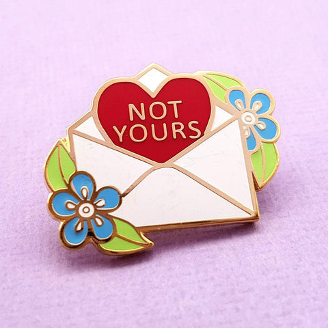 JUBLY-UMPH 'NOT YOURS LOVE LETTER' ENAMEL PIN