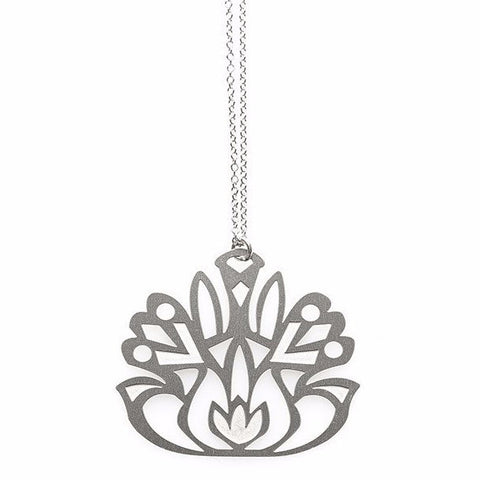 POLLI FOLK FLOWER PENDANT NECKLACE SS