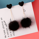 sugar earrings 'plush heart pom pom drops'